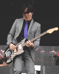 Troy Van Leeuwen - Queens of the Stone Age, A Perfect Circle